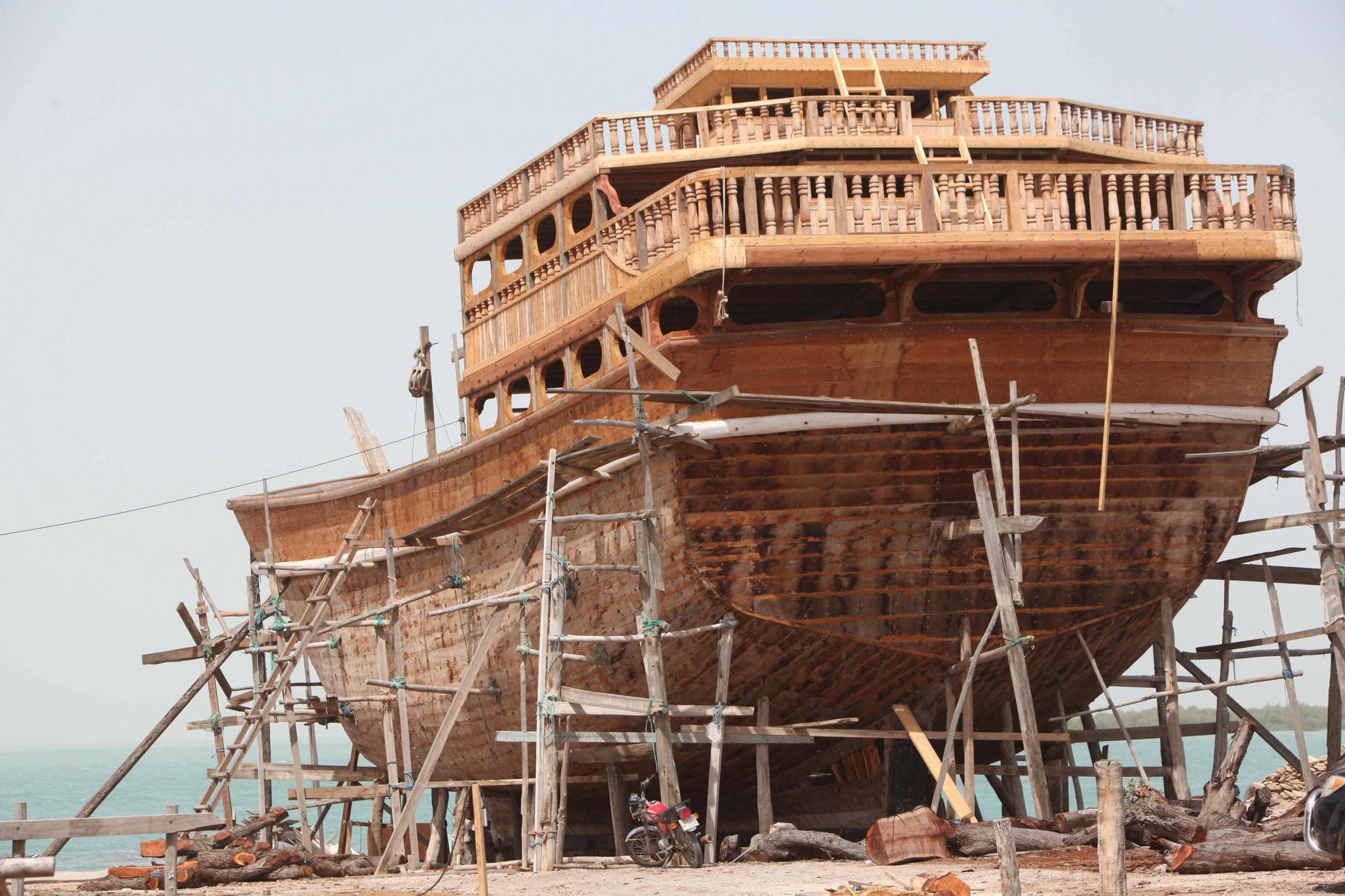 島内には、木造船の造船所が立地しています。木造船の製造・操舵の技術は、UNESCOの無形文化遺産に指定されています。